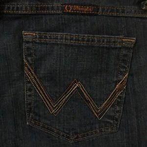 Women's Wrangler Q-Baby No Gap Waistband Jeans
